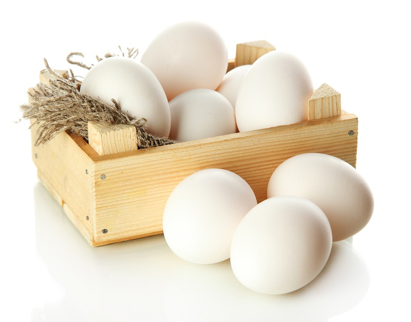 many-eggs-in-box-isolated-on-white
