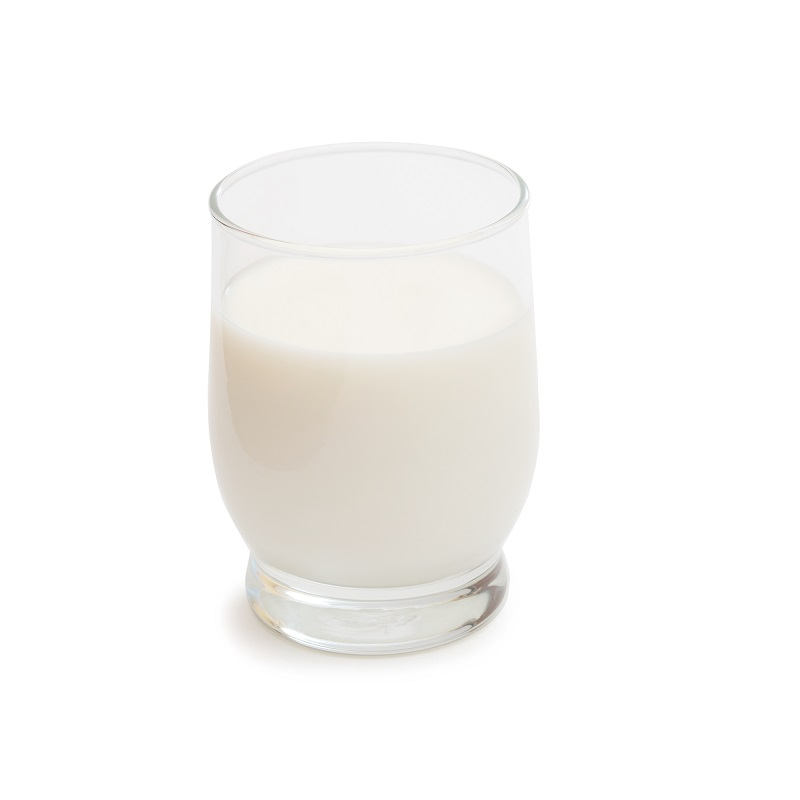 fresh-milk-in-the-glass-on-white-background