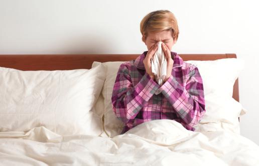 vrachi-nazvali-effektivnoe-protivovirusnoe-sredstvo_441-4903001